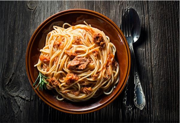 spaghetti tonno ricetta